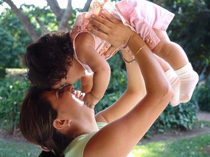 10 друзей материнства