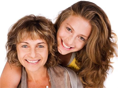 Несколько стадий в отношениях между мамой и дочкой
