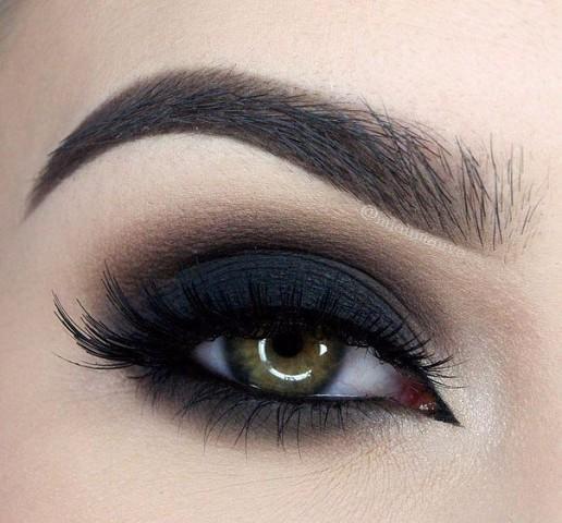 11 шикарных примеров макияжа для зеленых глаз12