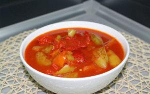 lecho-iz-bolgarskogo-perca-s-pomidorami