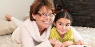 Отомстили бабушке, которая не хотела сидеть с внучкой