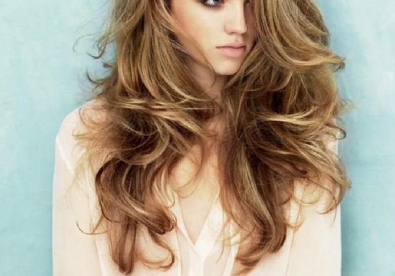 Смазав волосы перекисью, она даже не надеялась, что результат будет настолько хорош