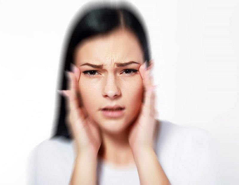 8-signalov-pri-pomoshhi-kotoryx-glaza-preduprezhdayut-o-problemax-so-zdorovem-obrati-vnimanie3