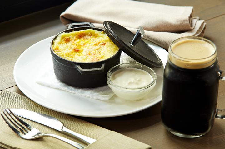 Блюда в горшочках: 7 интересных рецептов
