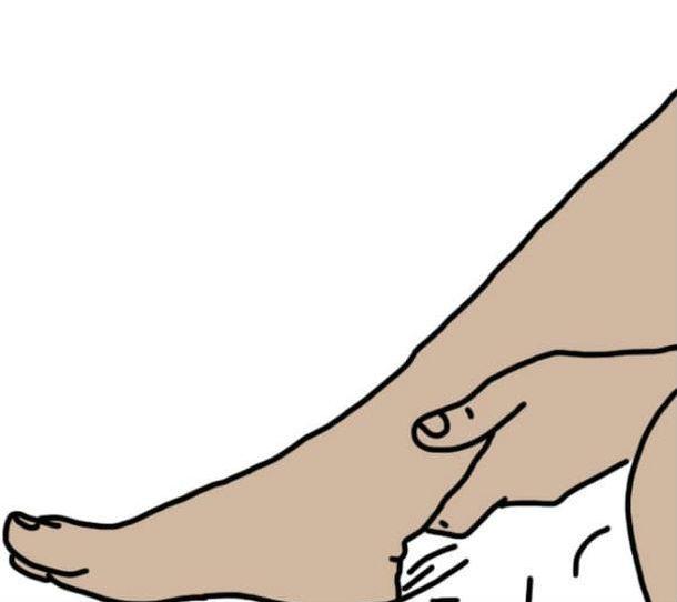 Опустите ноги в яблочный уксус - и болезни уйдут