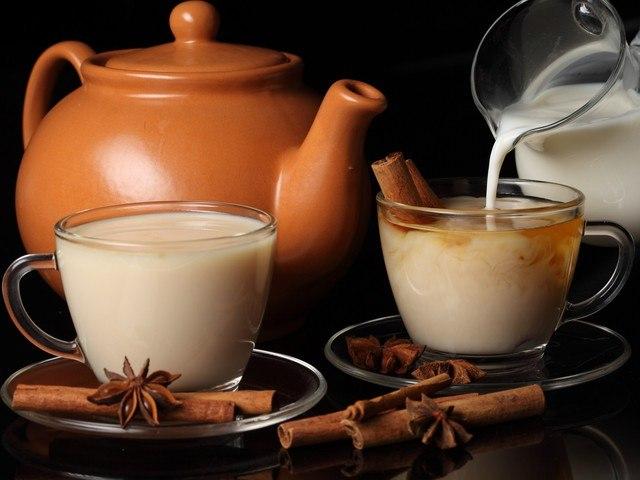 Вечером: молоко и специи