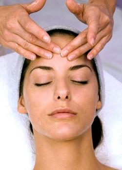 Как делать массаж лица