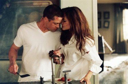 3 место — Козерог Идеальный мужчина должен быть мужем идеальной женщины, всё элементарно! В выборе партнера Козероги руководствуются выгодой и пользой, а не какой-то там влюбленностью. И если уж женщина-Козерог избрала тебя, ты счастливчик до конца своих дней. Правда, если не напортачишь…