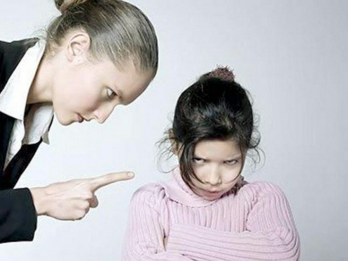 7 вещей, которыми мы обижаем своих детей