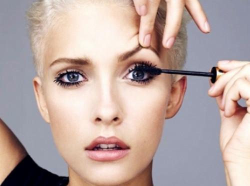 ТОП-5 ошибок, которые мы совершаем ежедневно когда красим глаза