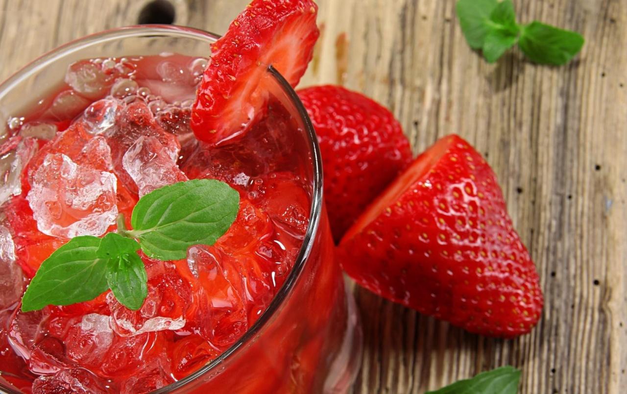 Три ягодных коктейля: вкус, свежесть, витамины