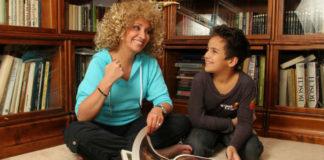 10 Звездных бабушек и дедушек, которые рано обзавелись внуками. Во дают!