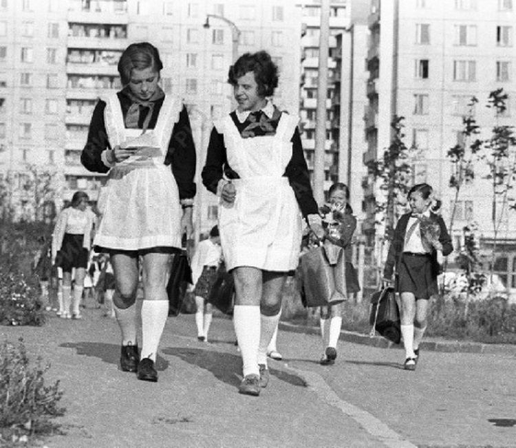 Советская школьная форма — это было красиво!