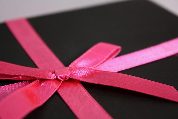 Жена узнала, что у мужа есть любовница и устроила ему на день рождения подарок, который он никогда не забудет