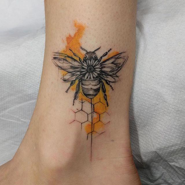Редкие но очень красивые татуировки для девушек