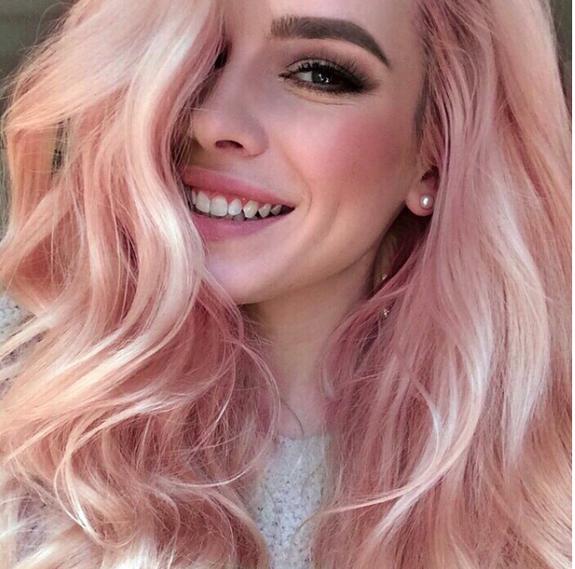 Новый хит в маникюре, макияже и окрашивании — розовое золото