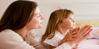 Сильная молитва: пусть каждая мама защитит своего ребенка