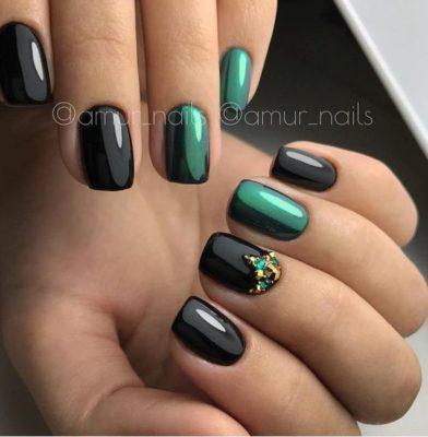 Самые стильные ногти: крутые идеи для черного маникюра