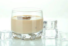 Кофейный ликер, приготовленный дома, вкуснее, чем Бейлис