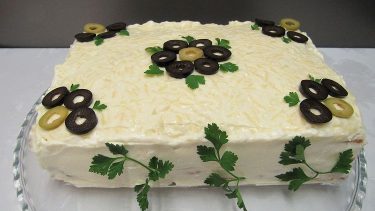 Торт для закуски «Сытый гость»