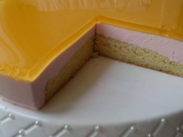 Бисквитный тортик с желе со вкусом апельсина
