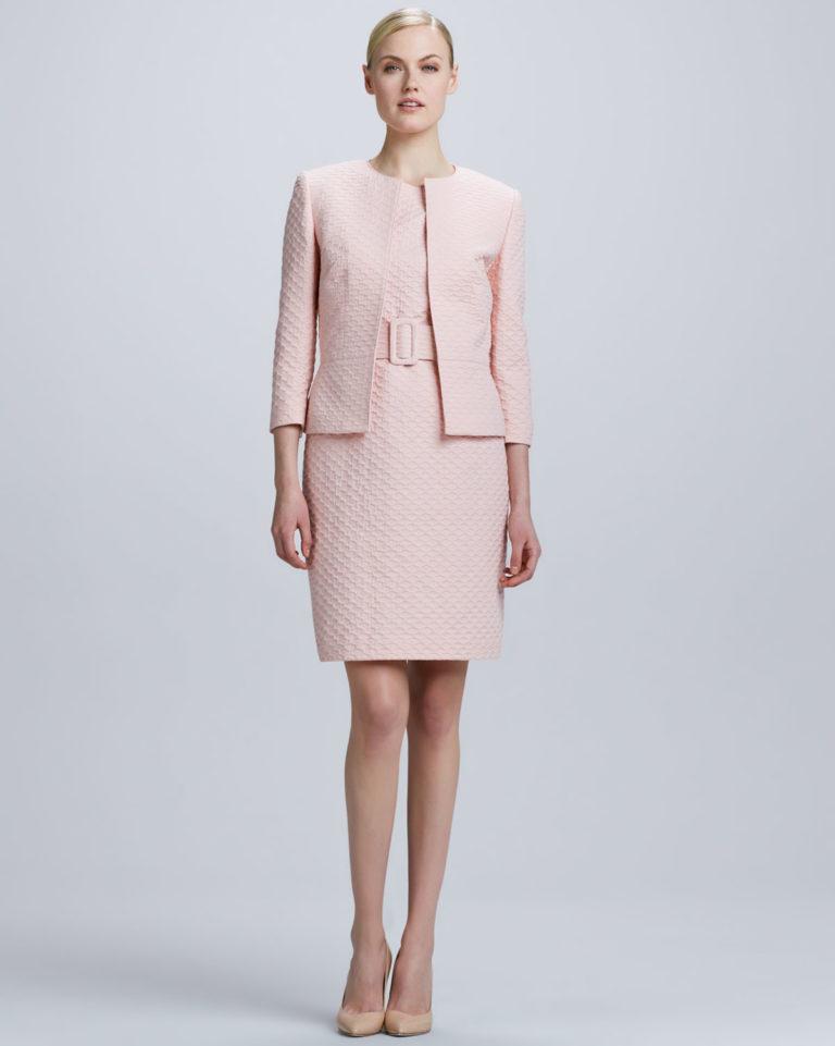 Элегантность в каждой детали шикарных образов юбки и жакета
