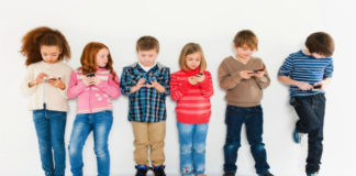 Поколение растет в погоне за «лайками»