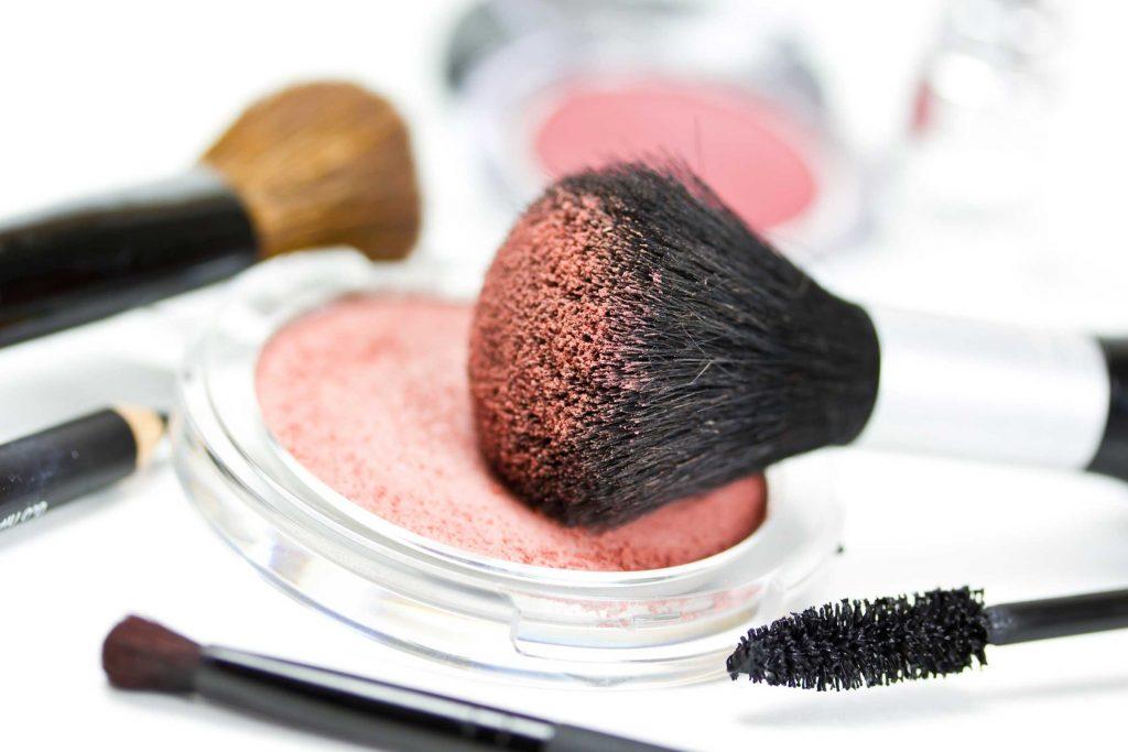 Тонкости макияжа, которые должна знать каждая взрослая женщина