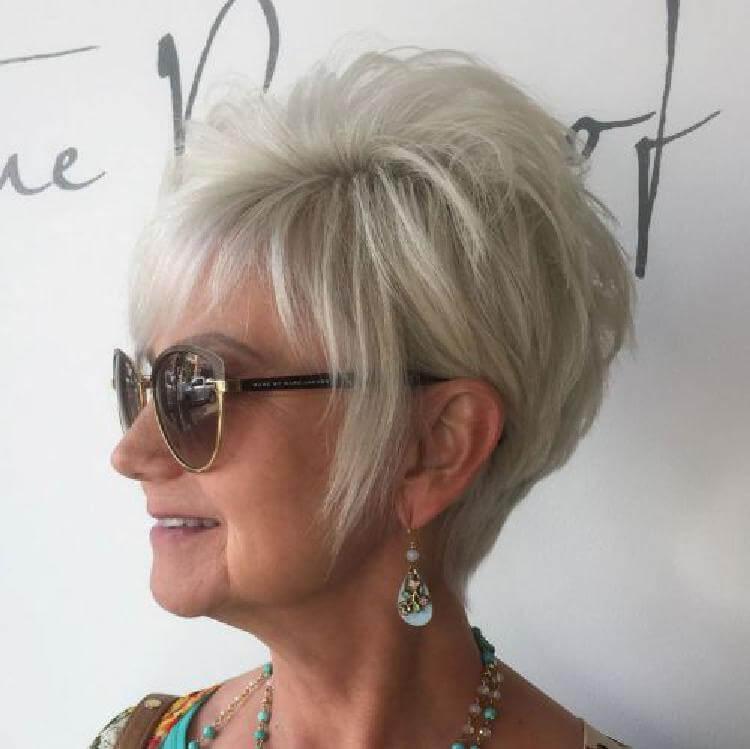 Прически для женщин старше 50 лет5