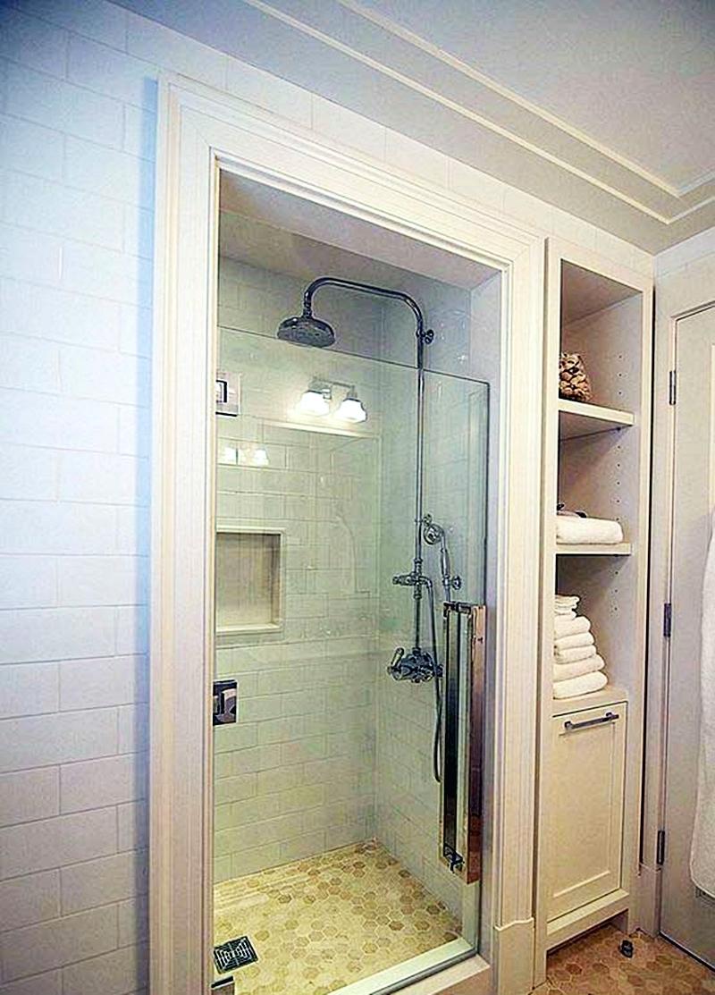 25 компактных решений для крошечной ванной25
