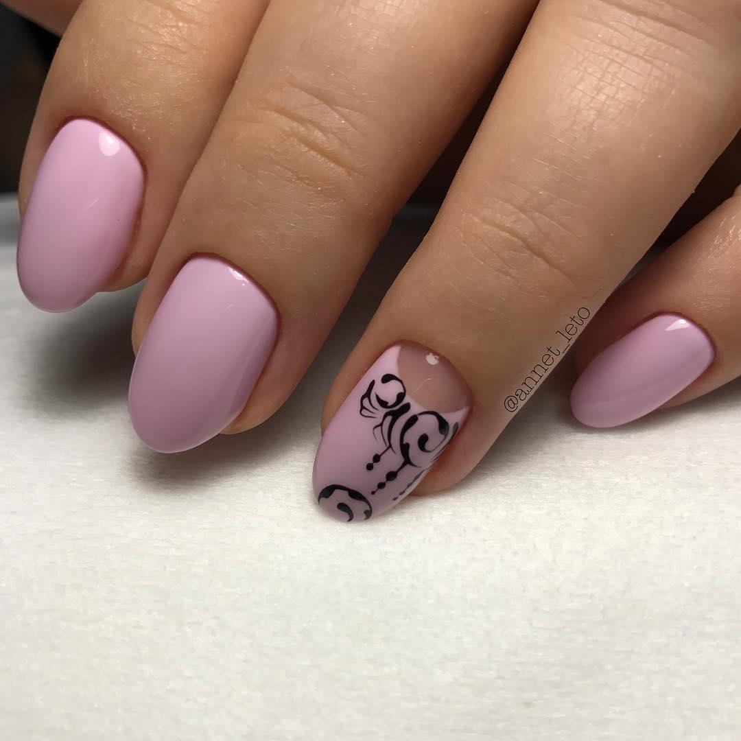Шикарный маникюр на овальную форму ногтей18