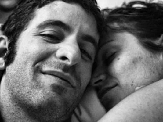 Муж фотографируют умирающую от рака жену. Последний кадр — просто нет слов
