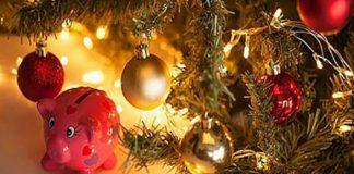 Вот как правильно надо украсить елку, чтобы в год Жёлтой Свиньи 2019 привлечь в свою жизнь удачу, деньги и любовь