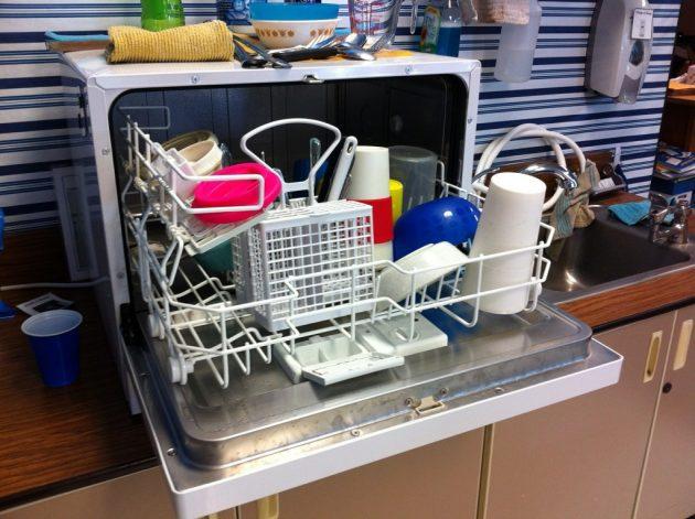 Как пользоваться посудомоечной машиной: мыть пластик