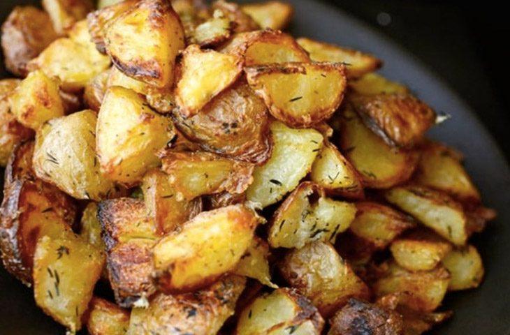 Рецепт крупного жареного картофеля