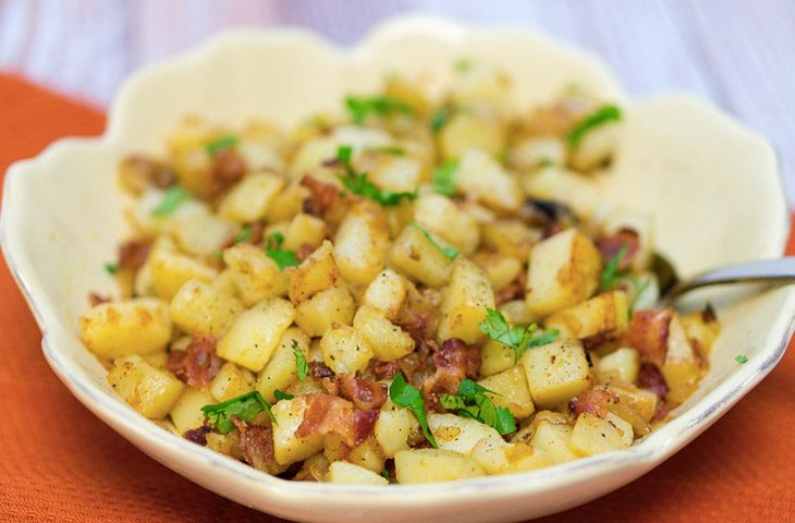 Рецепт неочищенного картофеля зажаренного кубиками