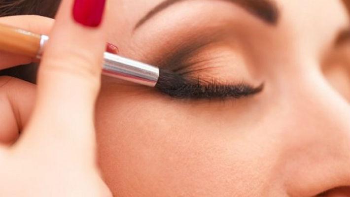 «17 секретов идеального макияжа глаз, которые пригодятся каждой девушке «