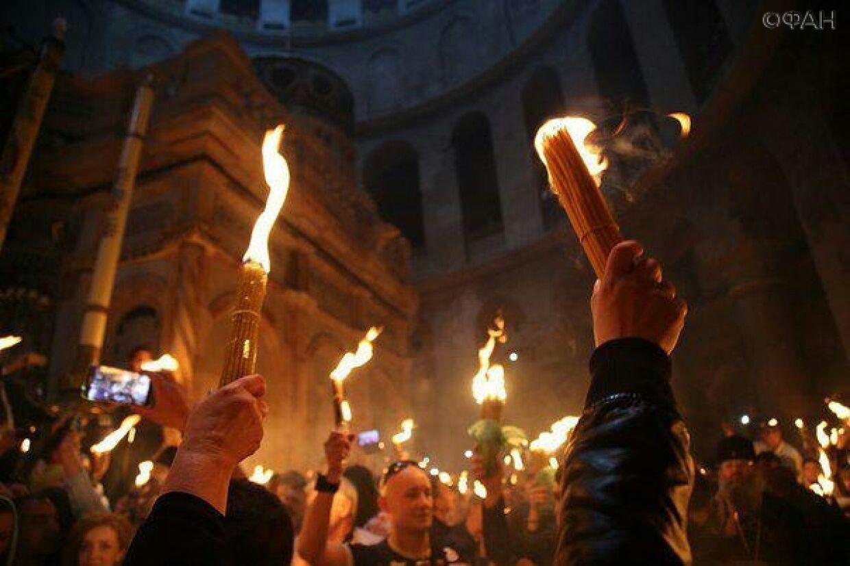 Увы, в этом году церемония схождения Благодатного огня пройдет без прихожан