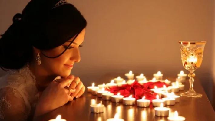 «Не маяться в мае»: три весенних ритуала на любовь, счастье и богатство