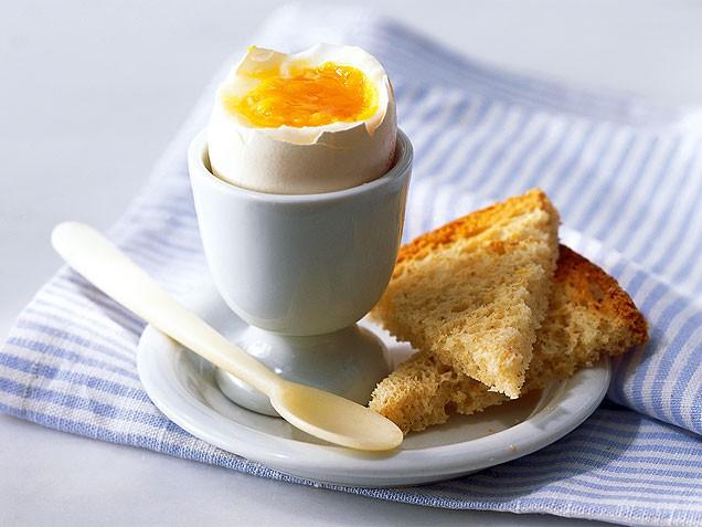 https://i2.wp.com/snianna.ru/wp-content/uploads/2017/03/breakfast-egg.jpg?resize=636%2C477