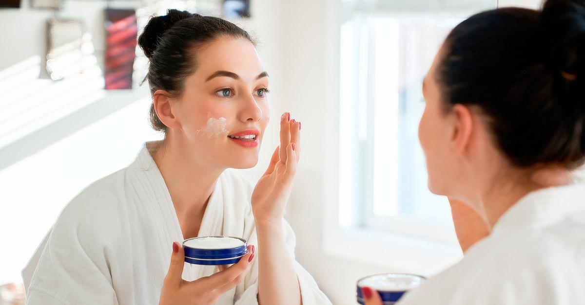 Как замедлить старение кожи? Полезные привычки помогут сохранить молодость