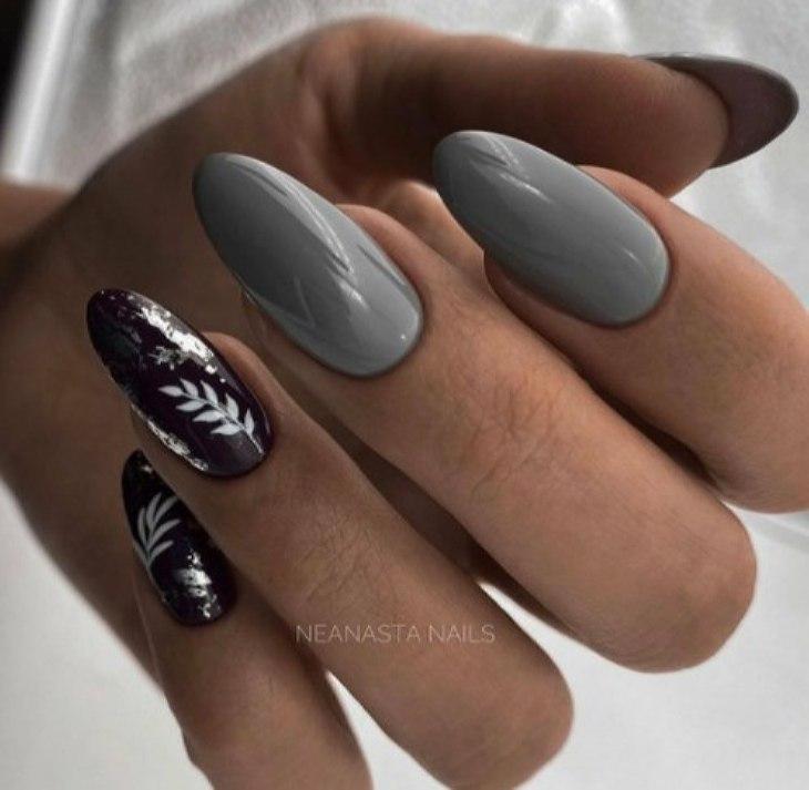 серый маникюр