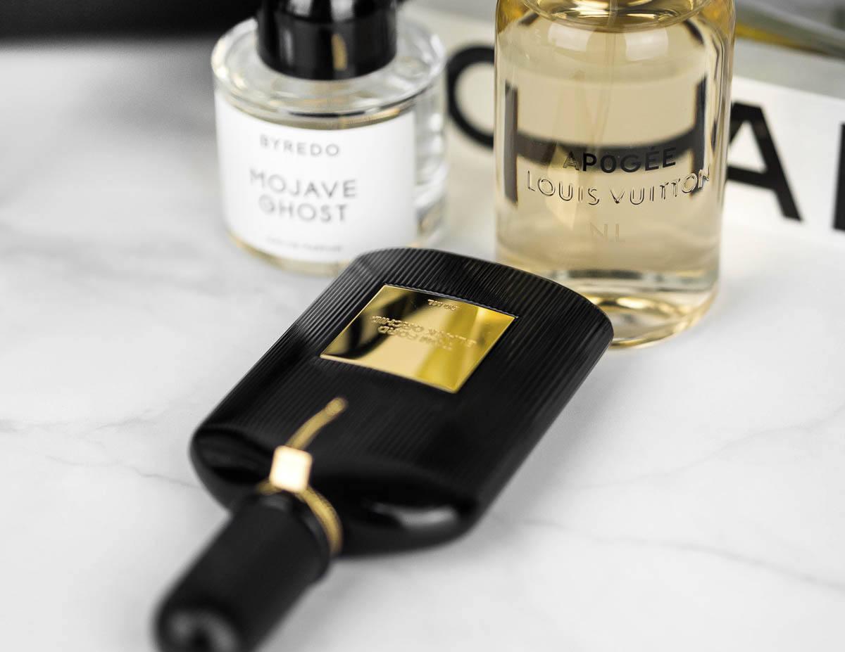 https://womanhappiness.ru/wp-content/uploads/2021/01/best-luxury-perfumes-3.jpg